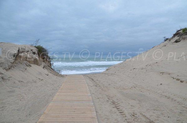 Accès à la plage sud de Soulac