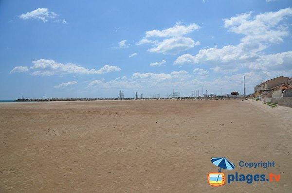 Spiaggia di Saint Pierre sur Mer e porto di Narbonne