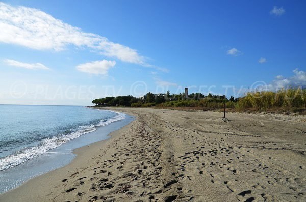 Photo de la plage de Taglio Isolaccio en direction de Figareto