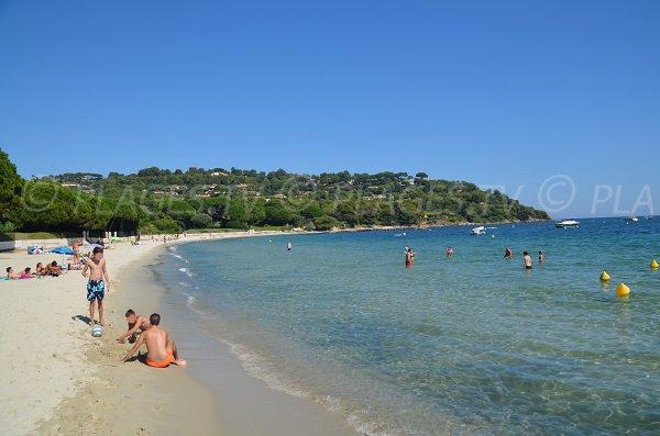 Photo of the Tahiti public beach in Ramatuelle