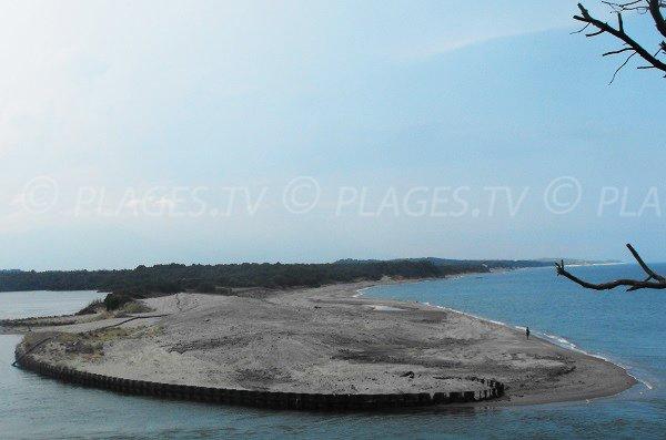 Vue de la plage de Tallone depuis la plage de Mare E Stagnu d'Aléria