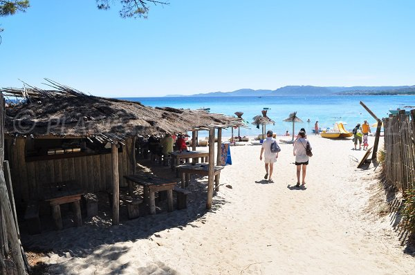 Restaurants on the Tamaricciu beach in Corsica