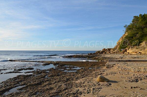 Rocce della spiaggia delle Tamaris a Martigues