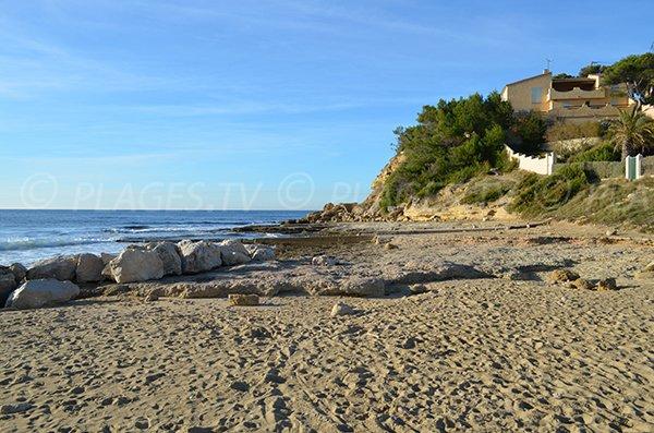 Spiaggia di sabbia - porto delle Tamaris a La Couronne