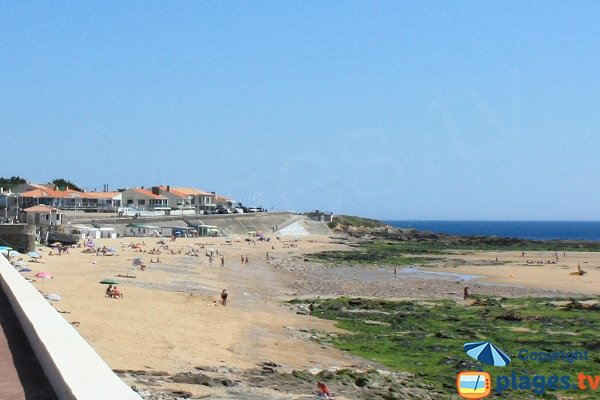 Private beach in Chateau d'Olonne - France - Tanchet