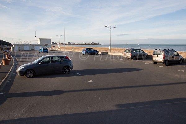 Parking de la plage du Temple d'Houlgate
