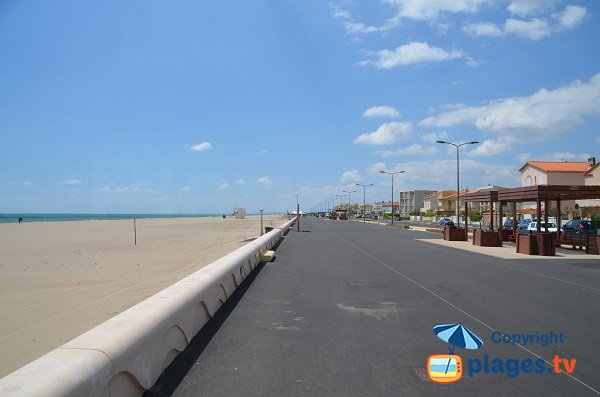 Photo of Narbonne beach - Lifeguard station number 3