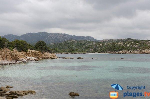 Vue sur la plage de Pisciu Cane de Bonifacio