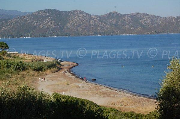 Vista aerea della spiaggia di Tettola