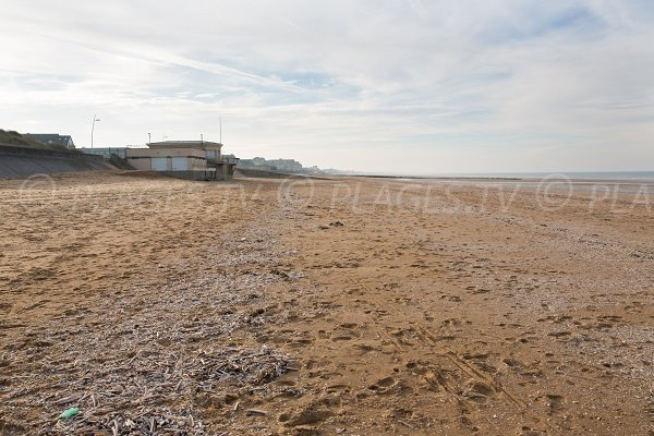 Photo of the Cabourg Beach at the Marine Theatre