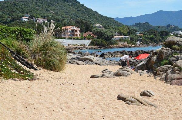 Partie sud de la plage de Tiuccia à Casaglione - Corse