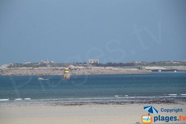 Ile de Siec depuis la plage de Toul an Ouch - Plougoulm
