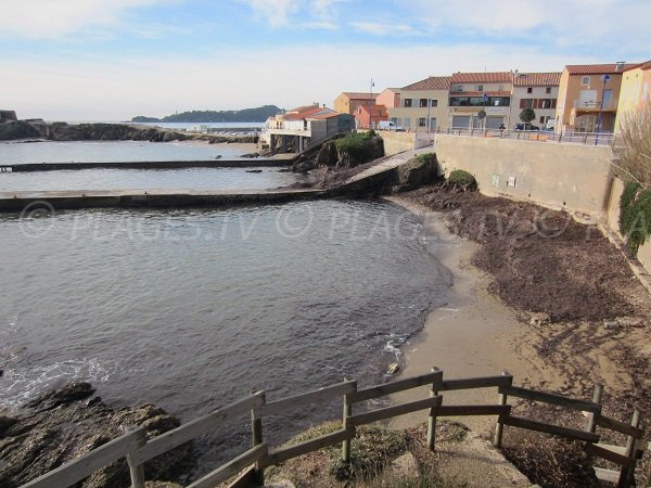 Tour Fondue in Hyères and its beaches