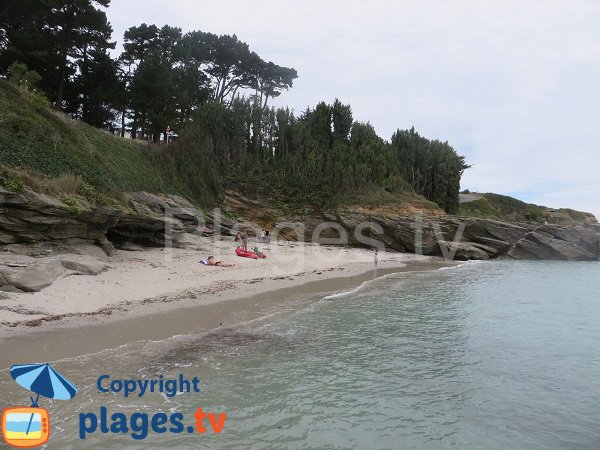 Cove near the VVF of Groix