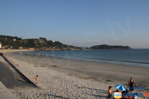Accès à la plage de Tresmeur pour les personnes à mobilité réduite