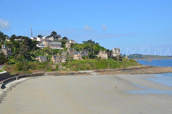 Maison sur la plage de Trestrignel à Perros Guirec