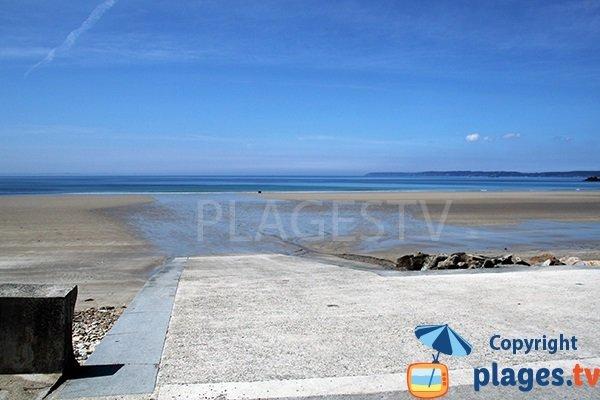 Cale de mise à l'eau sur la plage de Trez Bellec à Telgruc sur Mer