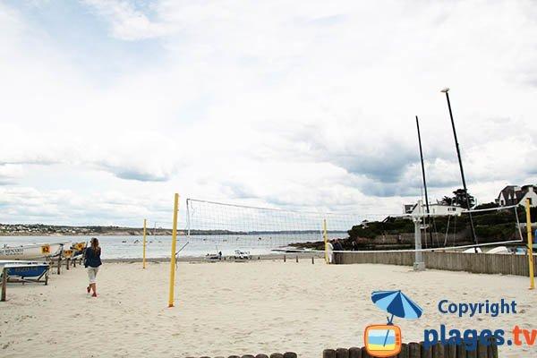 Terrain de beach volley sur la plage de Trez Hir à Plougonvelin