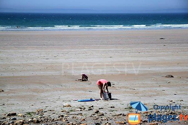 Grande plage pour faire du char à voile à Kerlaz - Douarnenez