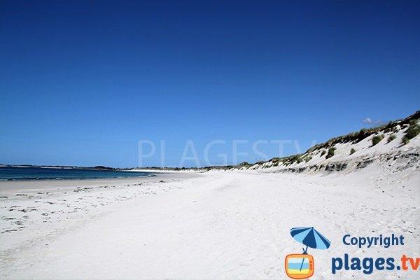 Photo de la plage des 3 Moutons à Lampaul Ploudalmézeau