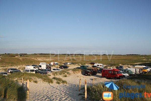 Parking de la plage de Tronoen à Saint Jean Trolimon