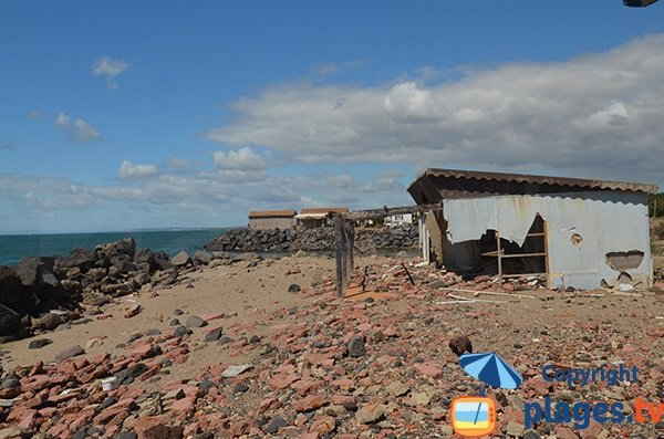 Maison à l'abandon sur le bord de mer de Vias - Trou du Ragout