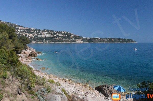 Photo de la plage sur le sentier des douaniers de Roquebrune Cap Martin