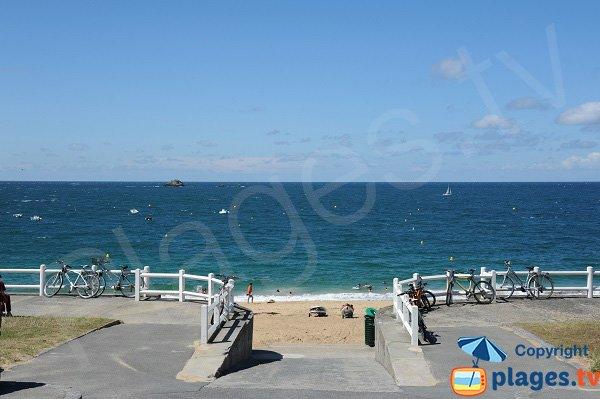 Accès à la plage du Val à St Malo