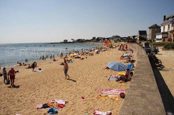 Plage de Valentin à Batz sur Mer à la limite du Croisic