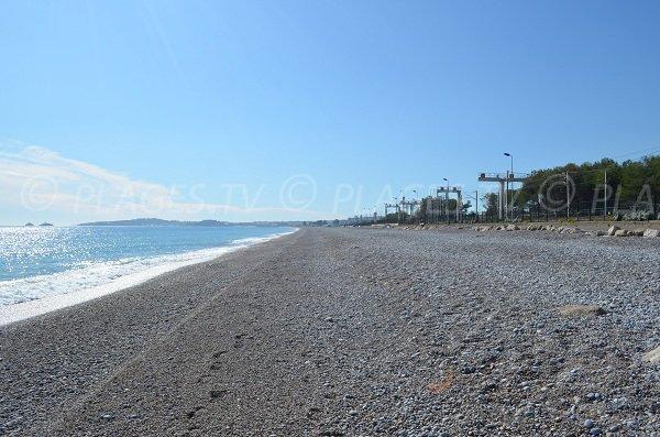 Photo of Vaugrenier beach, towards Antibes