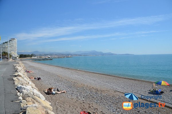 Private beach near Marinas Baie des Anges - Villeneuve-Loubet