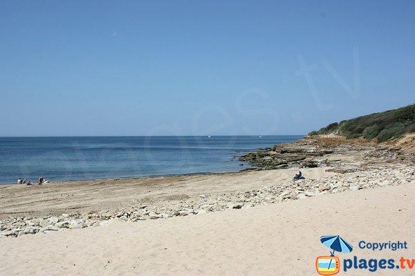 Côté nord de la plage du Veillon - Talmont - côte rocheuse
