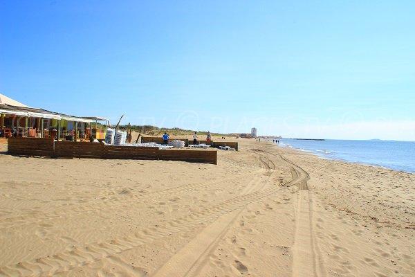 Location de matelas sur la plage de Vendres