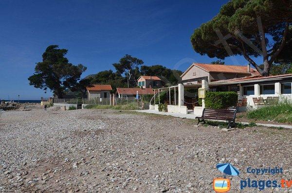 Restaurant sur la plage de la Verne à La Seyne