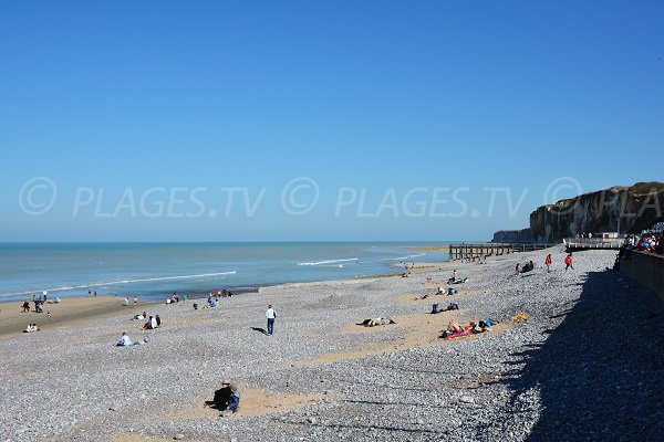 Photo de la plage de Veules les Roses en Normandie