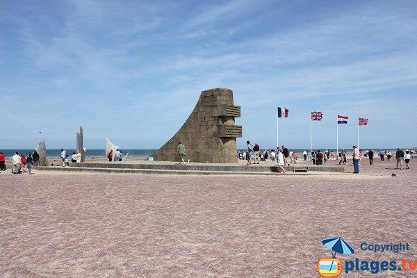 Monument Signal - Vierville and Saint-Laurent - Calvados