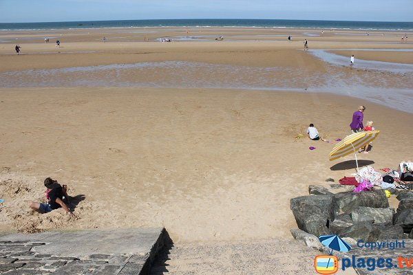 Beach at low tide in Vierville sur Mer