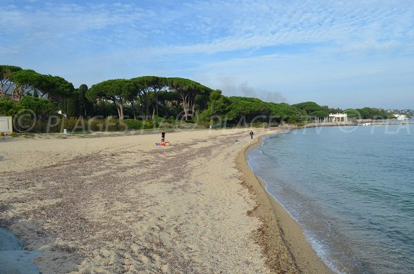 Confidential beach in Port-Grimaud - Vieux Moulin