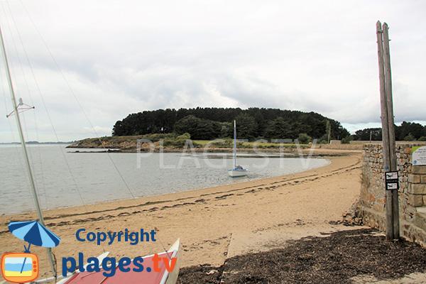 Cale sur la plage de la Villeneuve - Séné