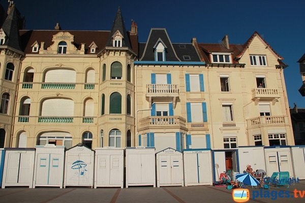 Wimereux - Huts on the promenade