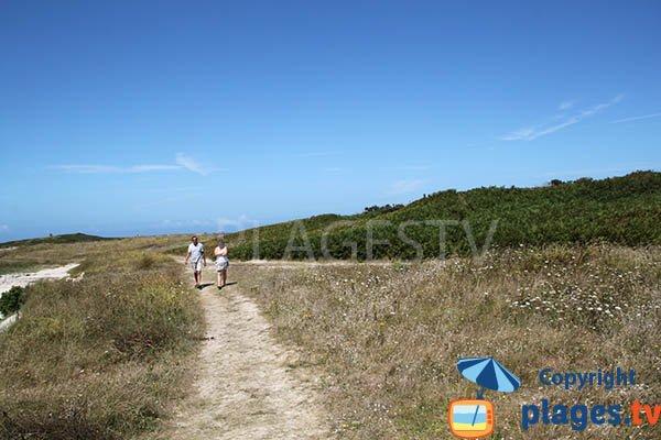Chemin d'accès à la plage de Wrac'h - Plouguerneau