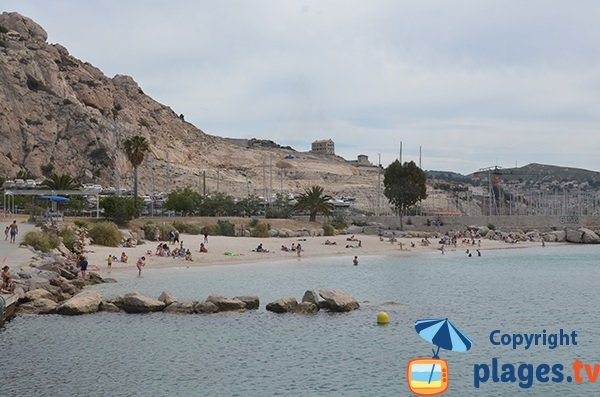 Photo de la plage de la Lave à Marseille l'Estaque