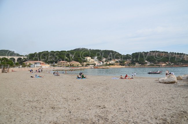 Plus grande plage de Carry le Rouet