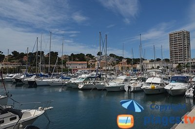 Port of Carry le Rouet in France