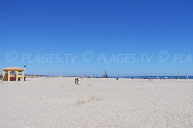 Port Leucate et sa grande plage de sable