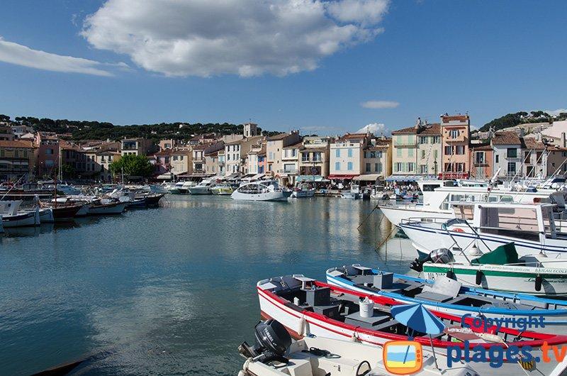 Port provençal de Cassis