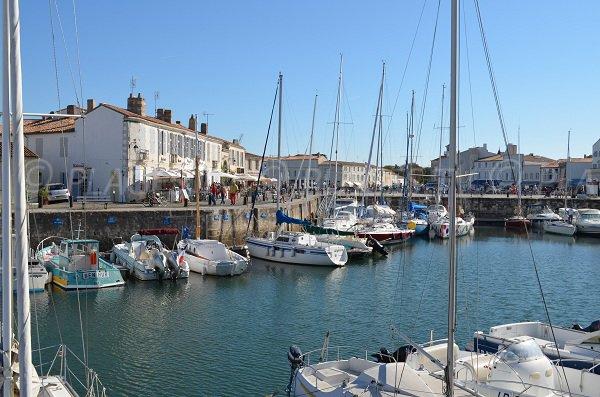 Ville De Saint Martin De R Arts Et Voyages