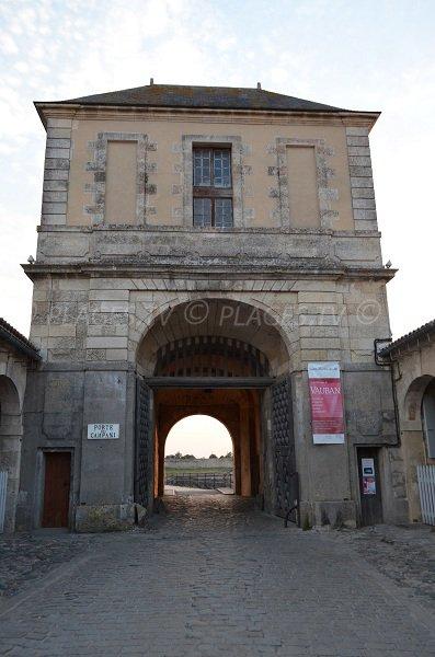 Door of the Campani in Ile de Re - France