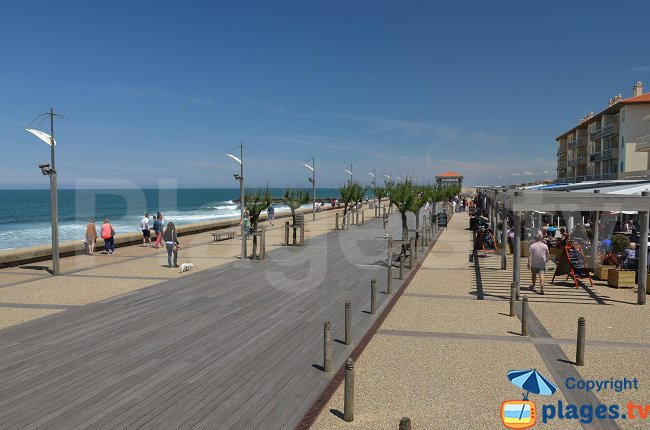 Pedestrian promenade on the sea front of Anglet