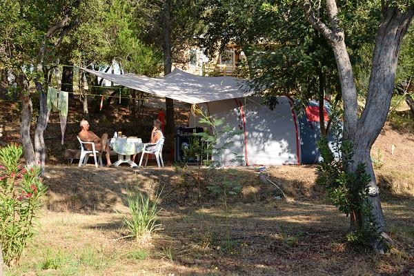 Camping naturiste en Corse